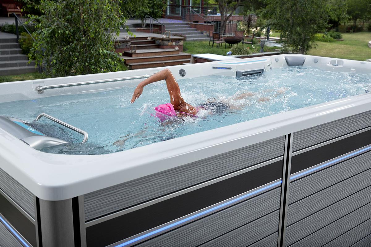Schwimmen ist angenehmer mit Endless Pools® Fitness Systemen.